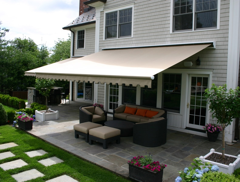 Retractable Awning For Deck or Patio | Long Island NY