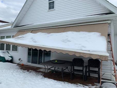 Please remember to bring all retractable awnings in SNOW AND HEAVY WINDS!