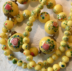 Vintage 1930's Swirl Millefiori Glass Spatter Beads VN63E25SET