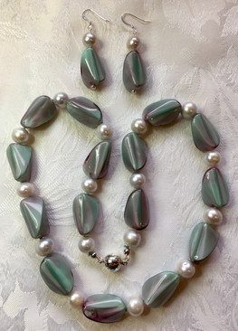 Silver Freshwater Pearls and Vintage Swirl Glass Beads  PP115ES27SET