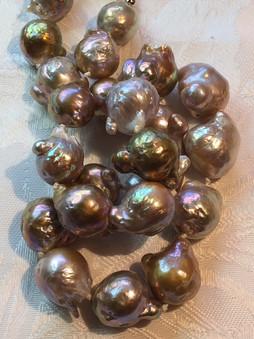 Gold Baroque Edisons ED7S45SET