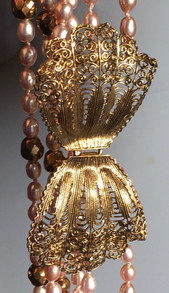 Golden Lace 14