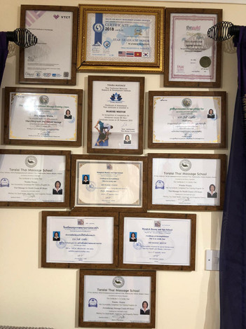 Wandee's guarantee certificate.jpg