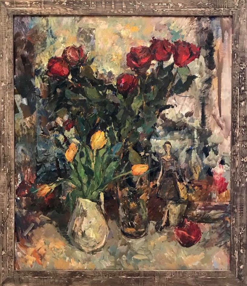 Натюрморт с розами и тюльпанами