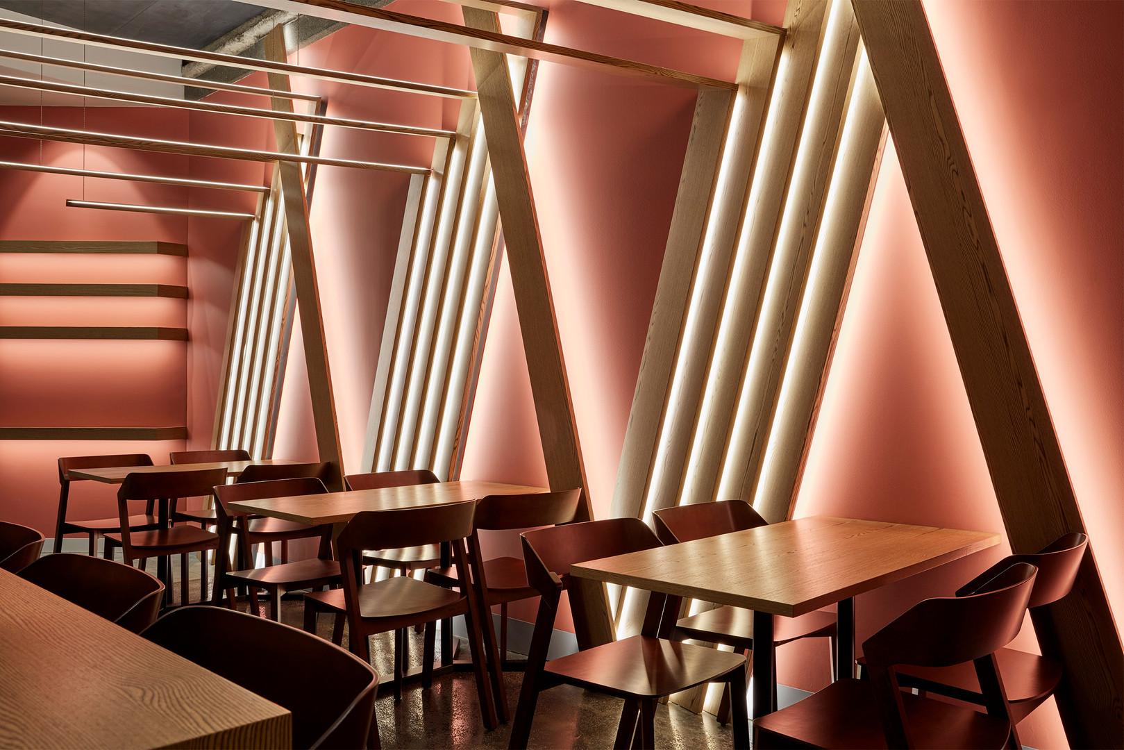 ZWEI-Atrium-Cafe-24212.jpg