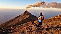 Guatemala vulkaanid, trekk