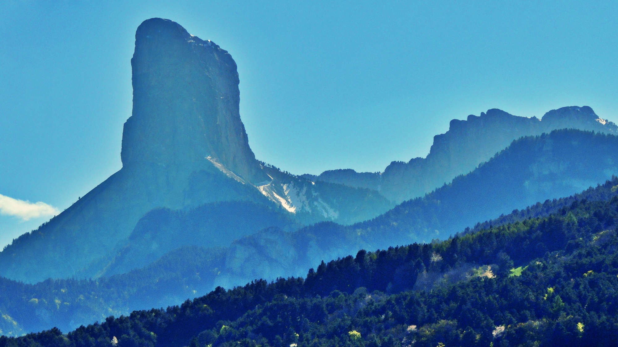 Pano Mt Aiguille.jpg