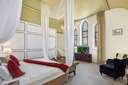Boutique couples accommodation Warwick Q