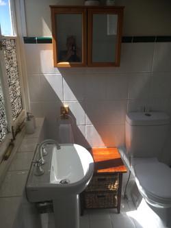 Veranda Room 5 - bathroom