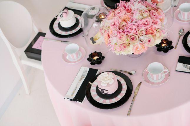 bridal-shower-coco-chanel-tablescape-bridal-showers-pinterest