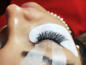 I tried Russian & Cluster Lash Extensions and got blown away