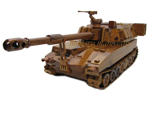 M109A6 Paladin Wooden Model Howitzer