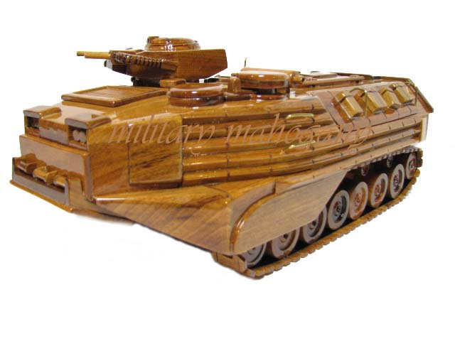 AAVP7A1 Amtrack Wooden Model