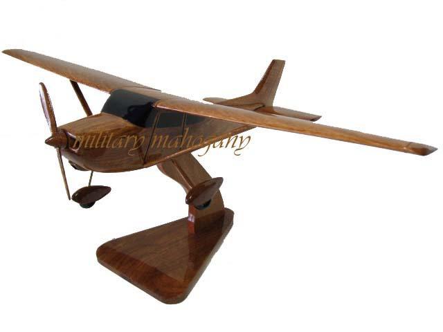 Cessna 172 Wooden Model