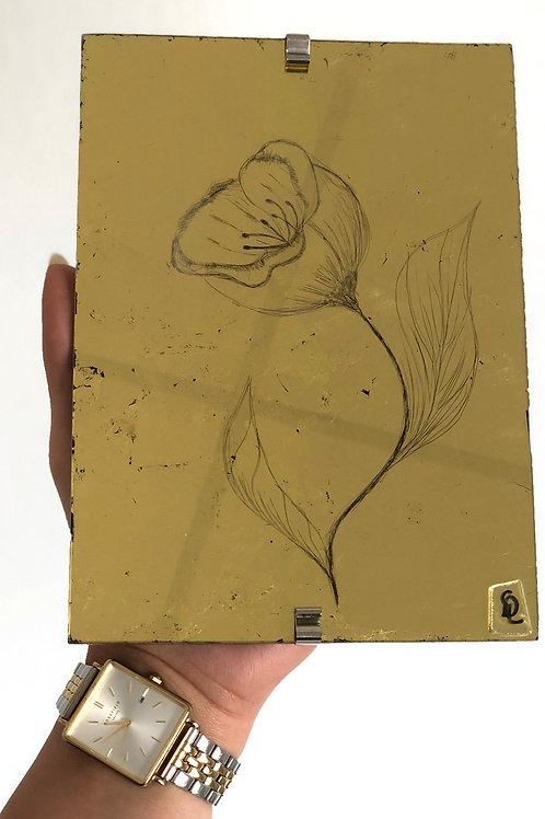 Rose en miroir d'or