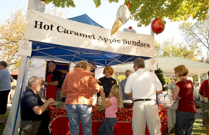 Hot Caramel Apple Sundaes