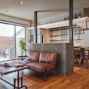 造作家具がとにかくかわいいセンスの光る家。