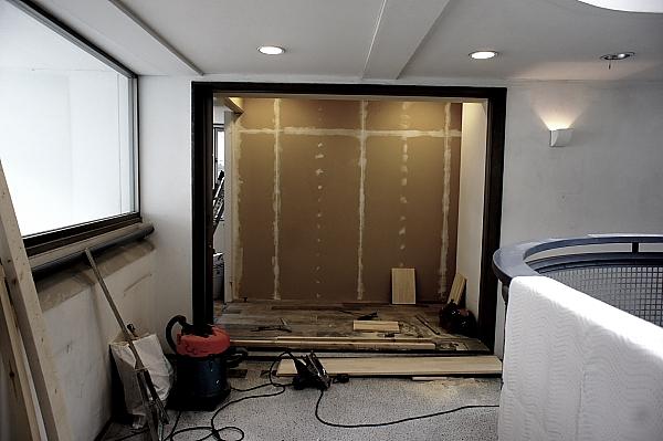 建築オフィスも工事開始