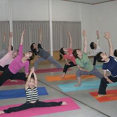 yoga.photo1.jpg