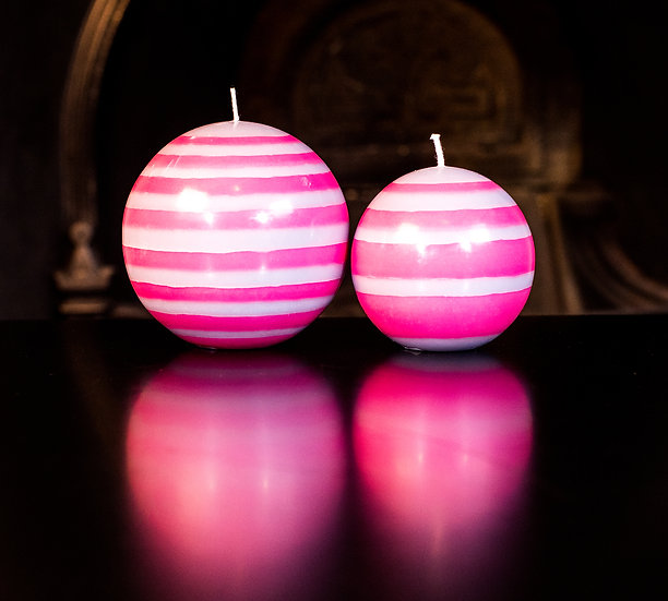 Neyron Rose & Willow Grey Ball Candle