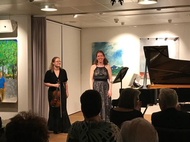 Wie im Fluge, Rezital mit Simone Roggen