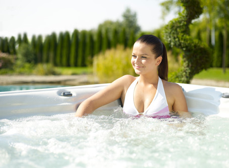 The Best Ways to Enjoy Your Hot Tub This Summer