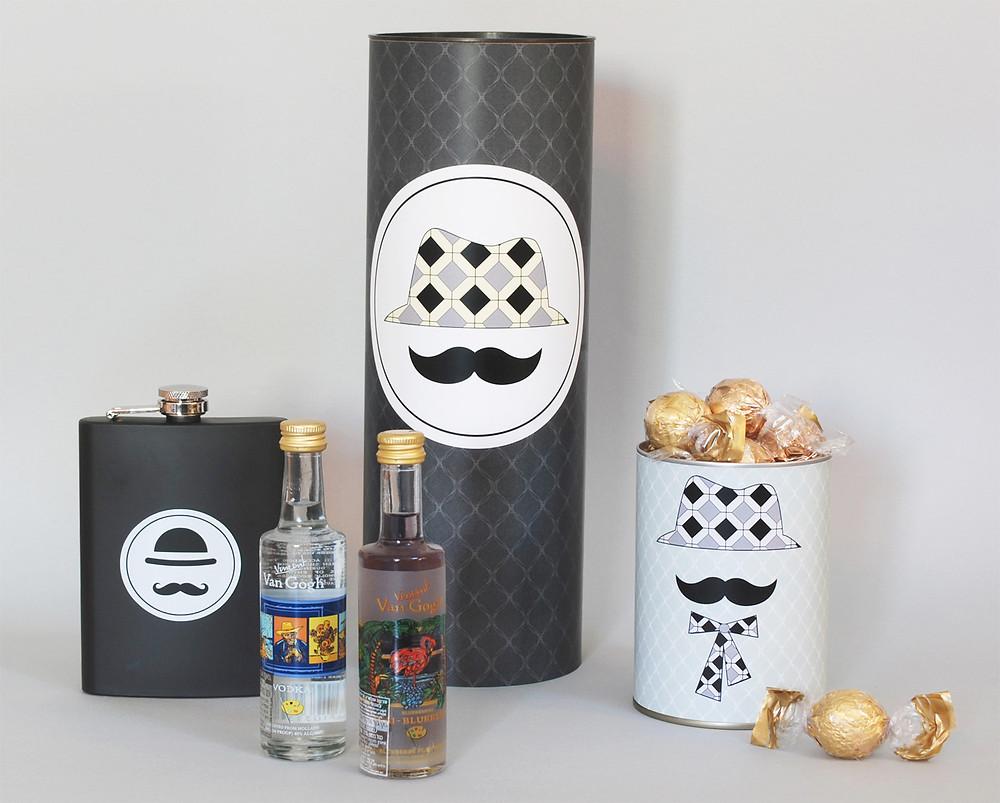מארז  מעוצב לראש השנה: מיני בקבוקי אלכוהול, שוקולדים ופלסק
