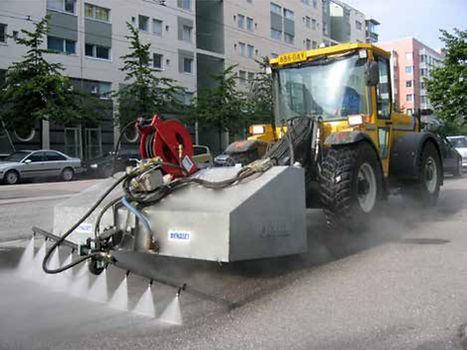 As bombas Dynaset para veiculos de serviço de manutenção de ruas, são ideais para economizar água. Sua eficiência é precisa e muito prática. Interbrasil é Dynaset.