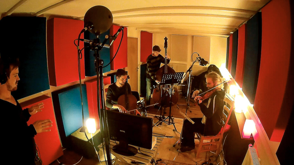stringrecording with veit steinmann, paul bremen, jakob kühnemann and patrick leuchter