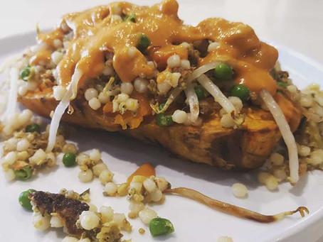 Gevulde zoete aardappel met parelcouscous