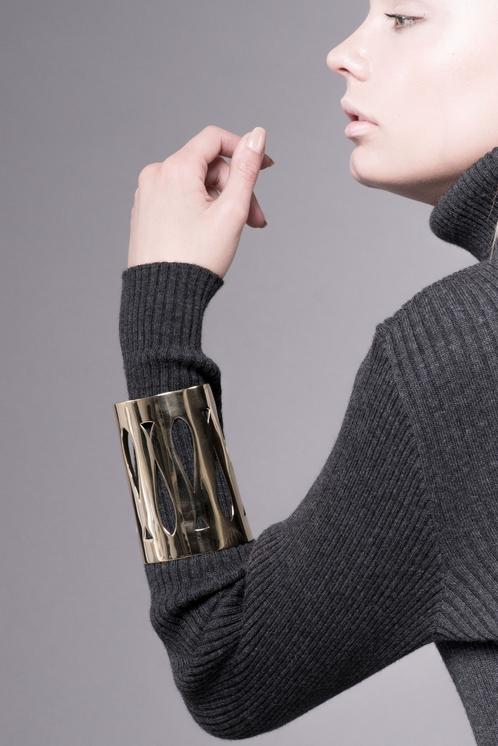Marina Skia: Art Deco Fluidity Gladiator Cuff | Jewelry,Jewelry > Bracelets -  Hiphunters Shop
