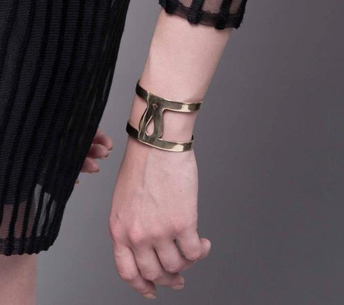 Marina Skia: Art Deco Fluidity Cuff - Silver Oxidized | Jewelry,Jewelry > Bracelets -  Hiphunters Shop