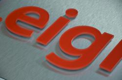 Polished edges acrylic letters