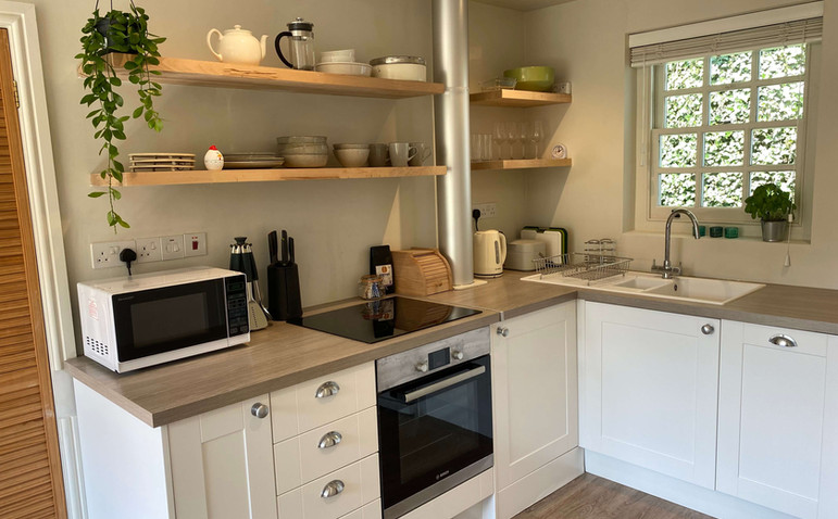 garden-cottage-kitchen.jpeg
