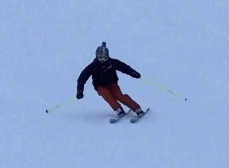 """多くのスキーヤーが苦手な""""外向"""""""
