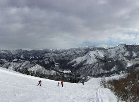 スキー・荷重のかけ方の本質動作とは?