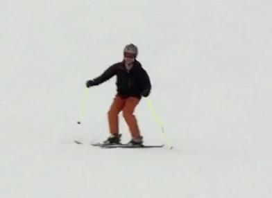 スキー 上半身の姿勢
