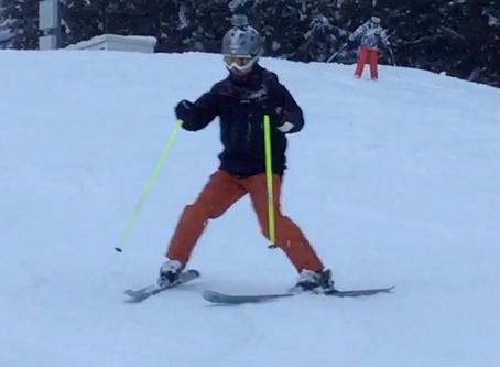 スキーは、荷重の移動でターンをする!