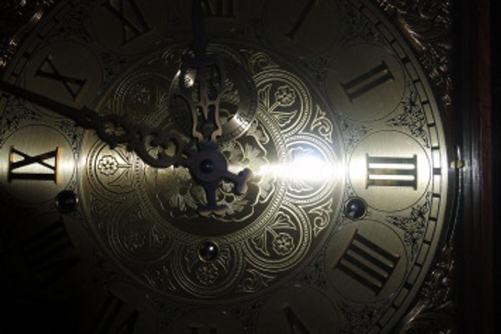clock-face-1082319_1280