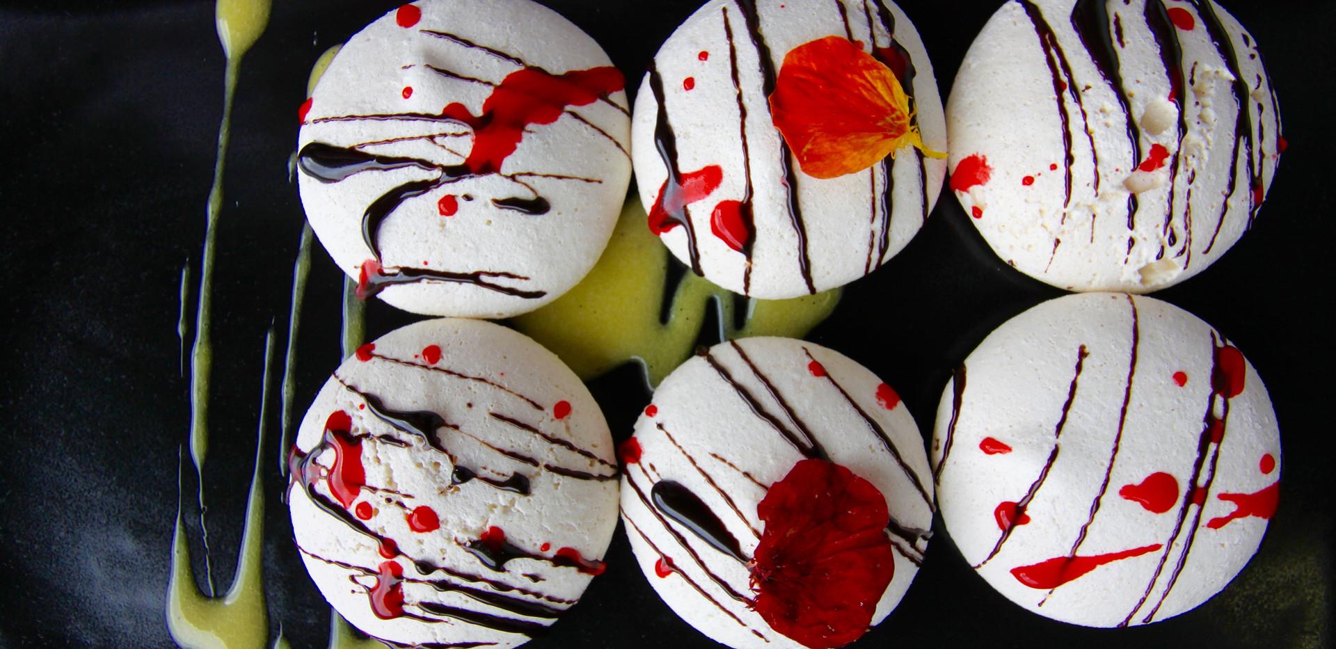 Pavlova - Dessert.jpg