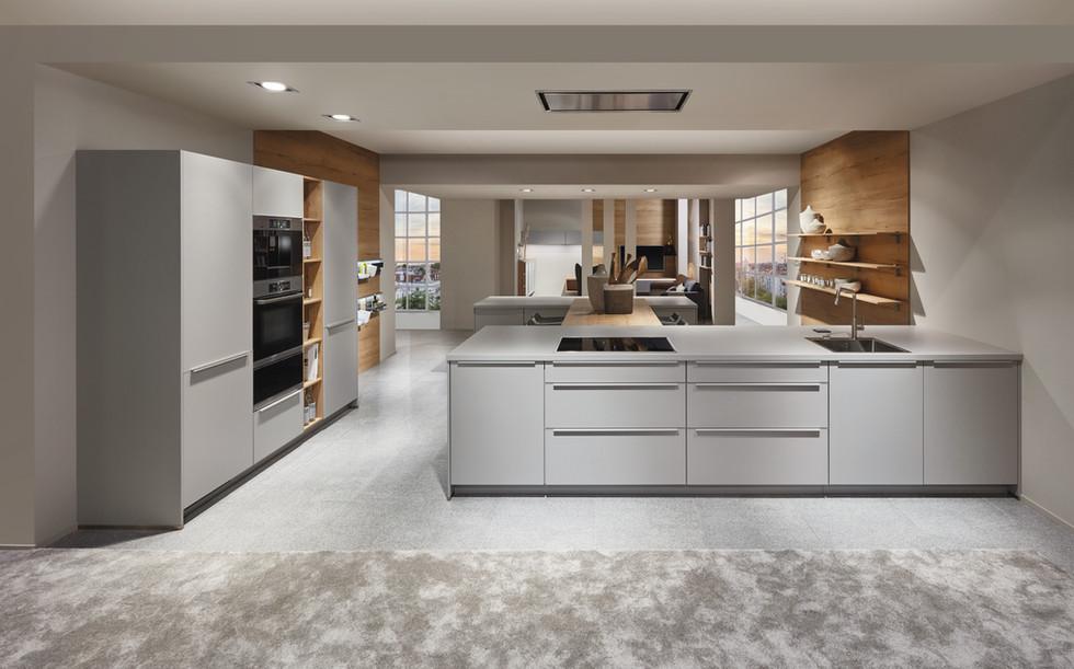Cuisine façades gris clair avec plan de travail gris clair