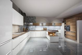 Cuisine façades blanches et plan de travail en bois