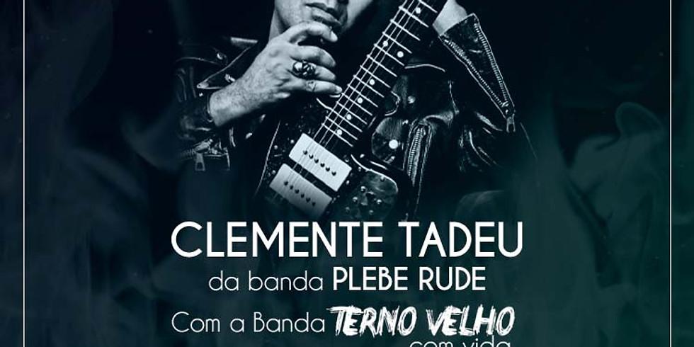 Clemente Tadeu Com a Banda Terno Velho