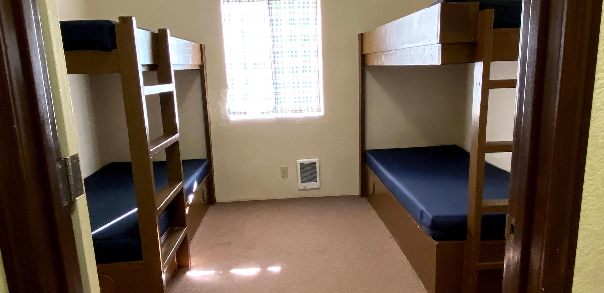 Hilltop 3 Bedroom 1