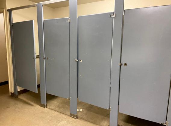 Aspen Girls Bathroom 1