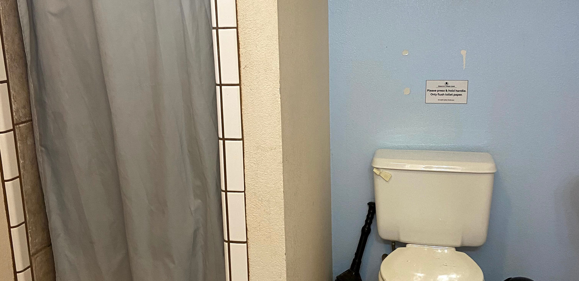 Eagle's Roost Bathroom 1