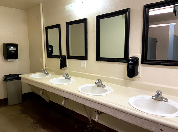 Aspen Boys Bathroom 1