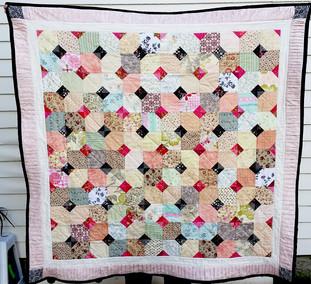 Baby Checkers Baby Quilt-KRLC Studio.jpg