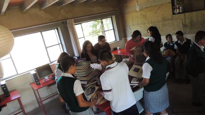 Campaña de donación de libros infantil y juvenil