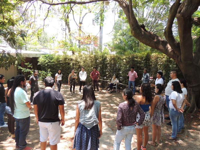 Jóvenes líderes en proyectos comunitarios